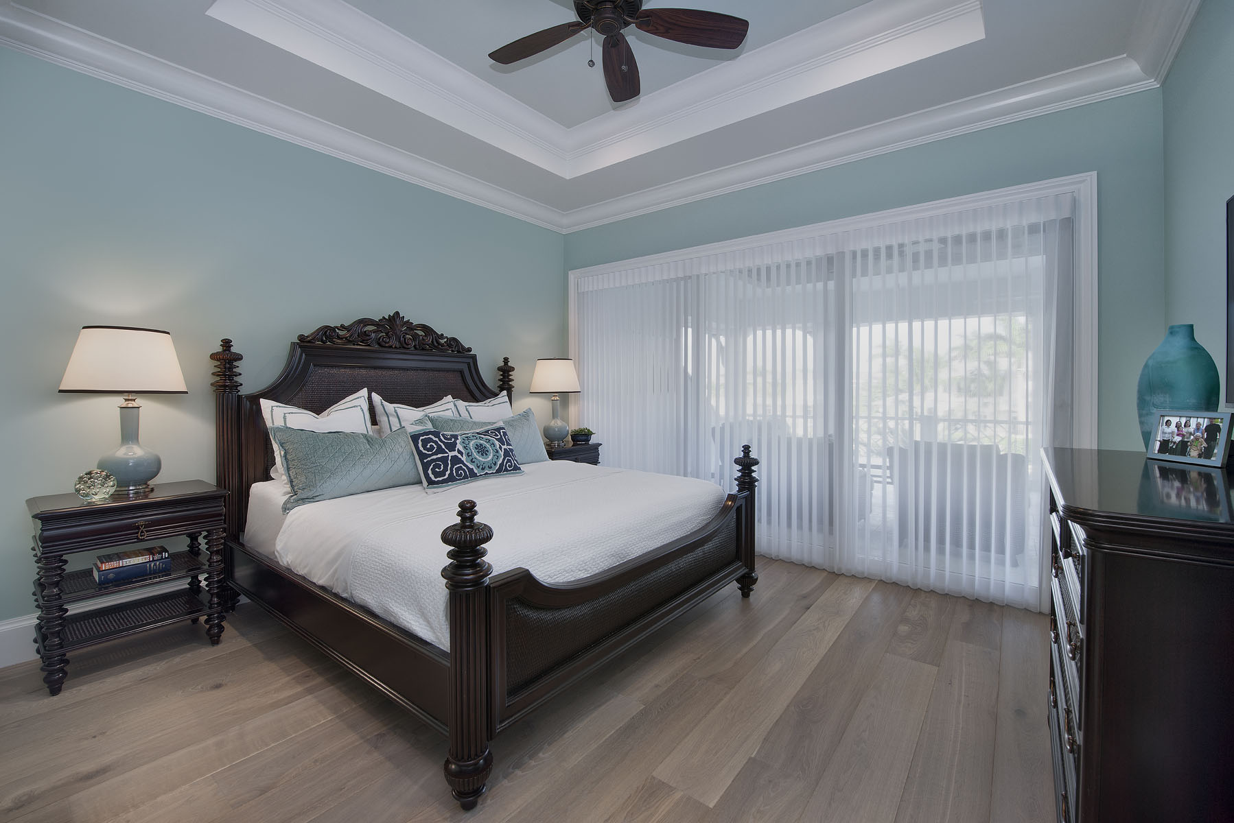 Waterfront Wonderland Upstairs Guest Bedroom