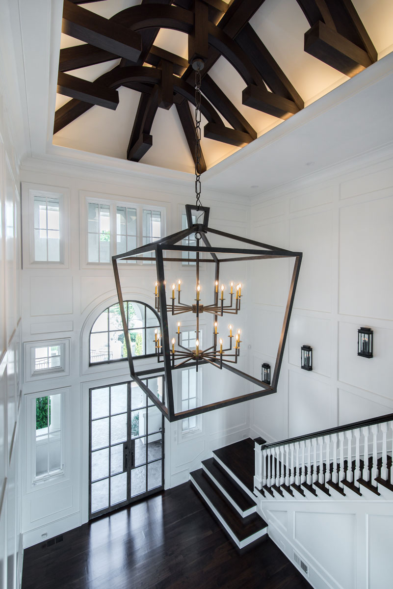 contemporary jewel-Foyer