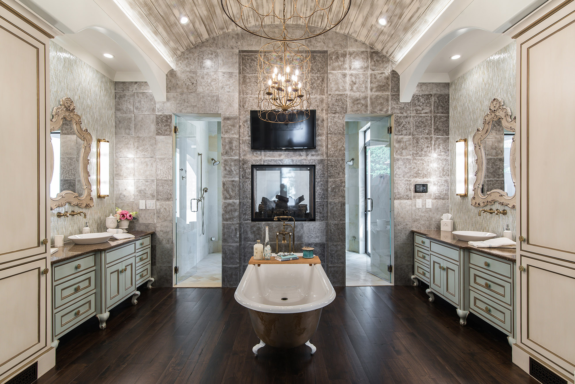 Carolina Estate HomeMaster Bath
